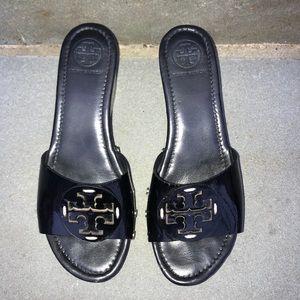 Tory Burch Black Patent Patty Wedge Slides 7 1/2 M